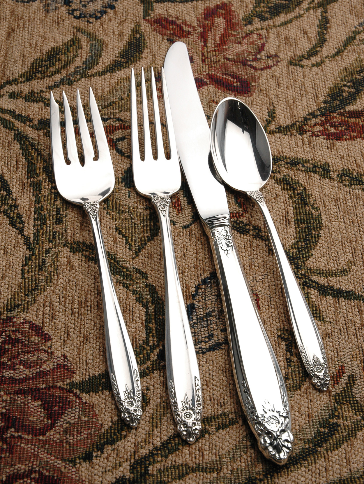 Prelude 4 piece place setting