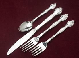affection_plated_flatware_by_oneida.jpeg