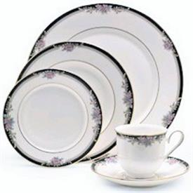 alyssa_china_dinnerware_by_lenox.jpeg
