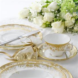arboretum_china_dinnerware_by_royal_crown_derby.jpeg