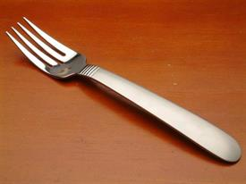 austere_stainless_flatware_by_oneida.jpg