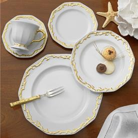 barriera_corallina_gold_china_dinnerware_by_mottahedeh.jpeg