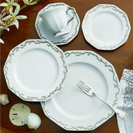 barriera_corallina_platinum_china_dinnerware_by_mottahedeh.jpeg