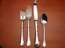 belle_rose_stainle__stainless_flatware_by_oneida.jpg