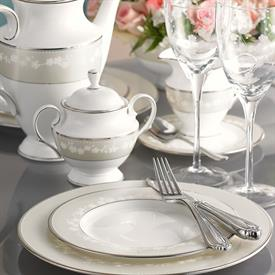 bellina_china_china_dinnerware_by_lenox.jpeg