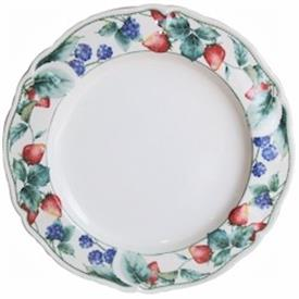 Picture of BERRYVINE (9211) by Noritake