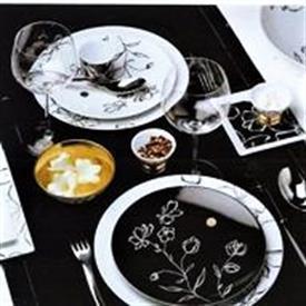 black_gold_bernardaud_china_dinnerware_by_bernardaud.jpeg