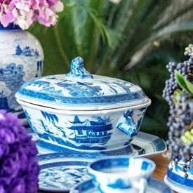 blue_canton_china_dinnerware_by_mottahedeh.jpeg