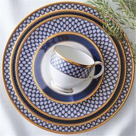 blueshire_china_dinnerware_by_noritake.jpeg