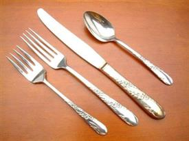 bridal_wreath_tudor_plated_flatware_by_oneida.jpg