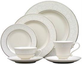 brocade_pickard_china_dinnerware_by_pickard.jpeg