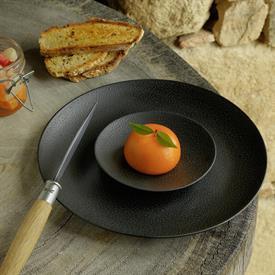 bulle_black_sand_china_dinnerware_by_bernardaud.jpeg