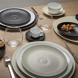 bulle_sable_china_dinnerware_by_bernardaud.jpeg