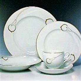 candlelight_gold_china_dinnerware_by_mikasa.jpeg