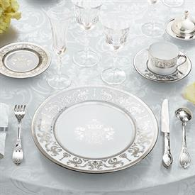 couronne_imperiale_china_dinnerware_by_haviland.jpeg