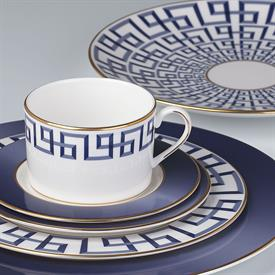 darius_gold_by_brian_gluckstein_china_dinnerware_by_lenox.jpeg