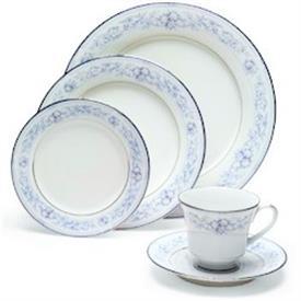 dearborn__4218__china_dinnerware_by_noritake.jpeg