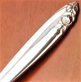 debutante_sterling_silverware_by_wallace.jpeg