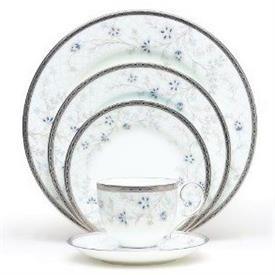 delacorte_china_dinnerware_by_noritake.jpeg