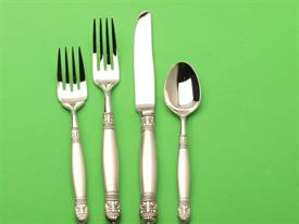 dickinson_stainless_flatware_by_oneida.jpg