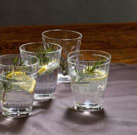 dressed_up_crystal_stemware_by_villeroy__and__boch.jpeg