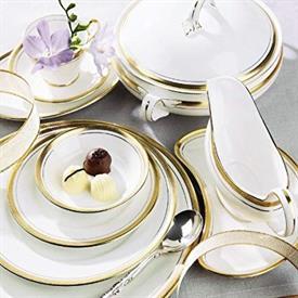 elizabeth_china_dinnerware_by_aynsley.jpeg