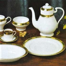 empress_laurel_china_dinnerware_by_aynsley.jpeg