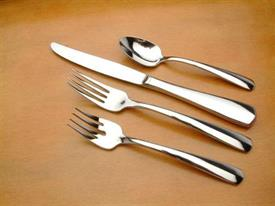 equator_stainless_flatware_by_oneida.jpg