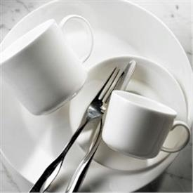 essentials_everyday_pure_china_dinnerware_by_royal_doulton.jpeg