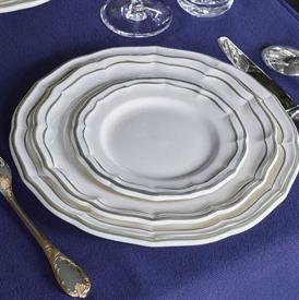 filet_khaki_china_dinnerware_by_gien.jpeg