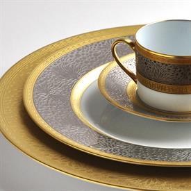 follies_china_dinnerware_by_bernardaud.jpeg