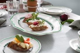 french_garden_green_line_china_dinnerware_by_villeroy__and__boch.jpeg