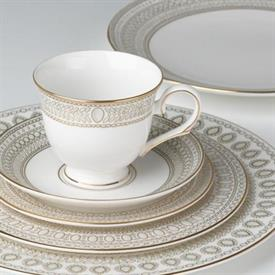 gilded_pearl_marchesa_china_dinnerware_by_lenox.jpeg