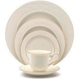 golden_sand_dune_china_dinnerware_by_lenox.jpeg