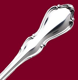hampton_court_sterling_silverware_by_reed__and__barton.jpg