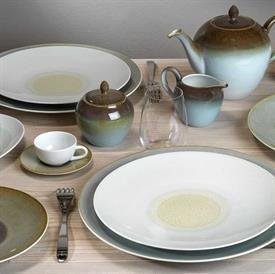 iris_bernardaud_china_dinnerware_by_bernardaud.jpeg