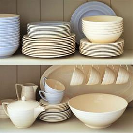 jasper_conran_casual_cream_china_dinnerware_by_jasper_conran.jpeg
