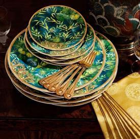 jungle_by_versace_china_dinnerware_by_versace.jpeg