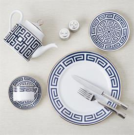 labirinto_zaffiro_china_dinnerware_by_richard_ginori.jpeg