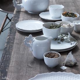 landscape_white_china_dinnerware_by_rosenthal.jpeg