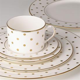 larabee_road_gold_china_dinnerware_by_kate_spade.jpeg