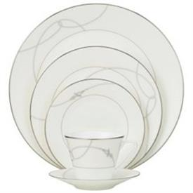 lavaliere_china_dinnerware_by_waterford.jpeg