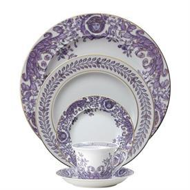 le_grand_divertissement_china_dinnerware_by_versace.jpeg