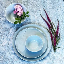 leaf_blue_haze_milestone_china_china_dinnerware_by_mottahedeh.jpeg