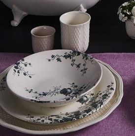 les_oiseaux_china_dinnerware_by_gien.jpeg