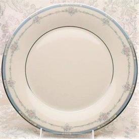 lisa_platinum_china_dinnerware_by_royal_doulton.jpeg