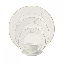 lisette_china_dinnerware_by_waterford.jpeg