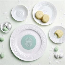 louvre_easter_china_dinnerware_by_bernardaud.jpeg