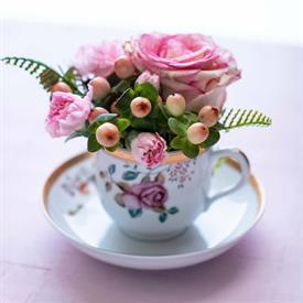 lowestoft_garden_china_dinnerware_by_mottahedeh.jpeg