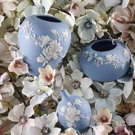magnolia_blossom_china_dinnerware_by_wedgwood.jpeg